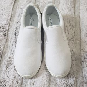 💜🐇 3/$15 Cat & Jack girls sneakers